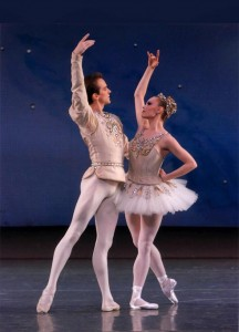 Jonathan Stafford and Sara Mearns in Diamonds, from Jewels, photo © Paul Kolnik