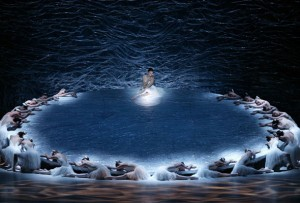 The Australian Ballet's Swan Lake, choreographed by Graeme Murphy, photo by Jeff Busby