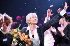 Twyla Tharp at the curtain call for the Broadway opening of Come Fly Away, March 25, 2010, photo © Tristan Fuge
