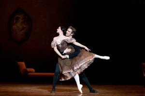 Aurélie Dupont and Evan McKie in Onegin © Michel Lidvac