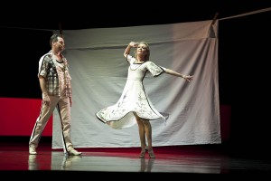 Steven Heathcote and Justine Summers in Sweedeedee, photo © Lynette Wills