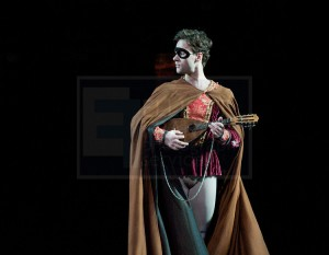Alexander Campbell as Mercutio in Romeo & Juliet, Royal Ballet, photo © Elliott Franks