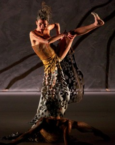 Spinifex, Terrain, Bangarra Dance Theatre, photo © Greg Barrett
