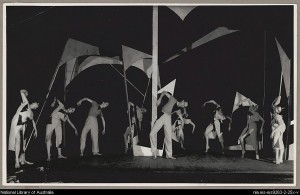 Keith Bain (centre) with dancers of the Bodenwieser Ballet in Errand into the Maze, 1954, National Library of Australia
