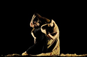 Sidi Larbi Cherkaoui and Maria Pagés in Dunas, photo © David Ruano