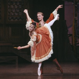 Lisa Pavane and Greg Horsman in Coppélia, Australian Ballet, 1992. Photo © Jim McFarlane