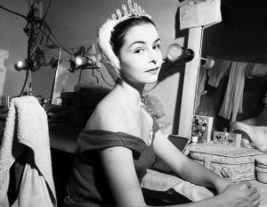 Lynn Seymour, Royal Ballet, 1958, photo Norm Danvers, courtesy State Library of NSW, Mitchell Library, Australian Photographic Agency - 05948