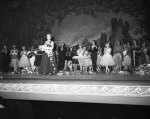 Ninette de Valois, curtain call, Royal Ballet's Swan Lake, Empire Theatre, Sydney, 11 September 1958, courtesy State Library of NSW, Mitchell Library, Australian Photographic Agency - 05769