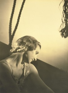 Helene Kirsova, c 1938 photo © Max Dupain, National Portrait Gallery, Canberra