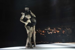 Sydney Dance Company's Les Illuminations, Juliette Barton and Thomas Bradley. Photo © Wendell Teodoro