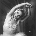 Laurel Martyn as Odette in Swan Lake, 1944, photo © Ronald Esler