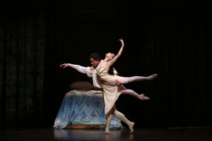 Tamara Rojo and Matthew Lawrence,  Romeo & Juliet, Queensland Ballet, photo © David Kelly