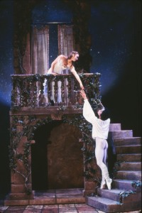 Janie Parker and Li Cunxin, Romeo&Juliet, Houston Ballet, 1987, photo © Jack Mitchell