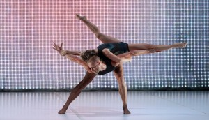 Andrew Crawford and Natalie Allen, 2 One Another, Sydney Dance Company, photo © Ken Butti