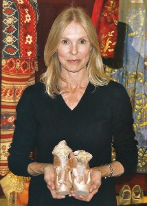 Victoria Tennant holds her mother's pointe shoes, photo © Kirk Gambler