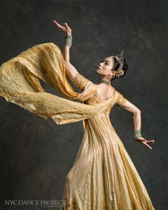 Stella Abrera, NYC Dance Project, photo © Deborah Ory and Ken Browar