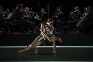 Sydney Dance Company, Triptych, Variations on a Theme of Frank Bridge, David Mack and Jesse Scales, photo © Peter Grieg