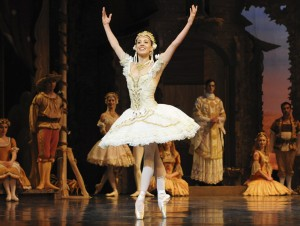 Leanne Stojmenov as Swanilda, Coppelia, Australian Ballet, photo © Jim McFarlane