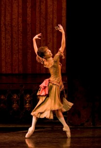 Mara Galeazzi in Mayerling, Royal Ballet, photo © Bill Cooper