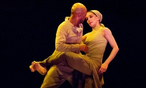Tamara Rojo and Akram Khan in Dust from Lest We Forget by English National Ballet in 2014, photo © Tristram Kenton