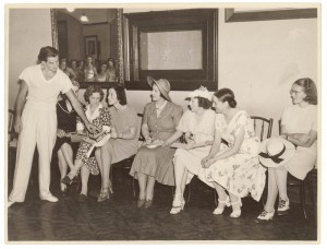 Anton Dolin with Sydney ballet teachers, 1938, photo © Sam Hood, State Library of NSW, Mitchell Library