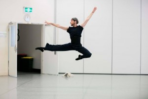 Daniel Gaudiello rehearsing William Forsythe's In the Middle, Somewhat Elevated, Australian Ballet, photo © Lynette Wills