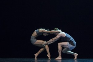 Lux Tenebris, Sydney Dance Company, Charmene Yap and Todd Sutherland, photo © Peter Greig