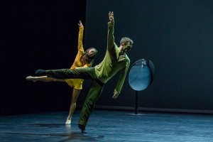 Sydney Dance Company, Quintett, Chloe Leong and David Mack, photo © Peter Greig