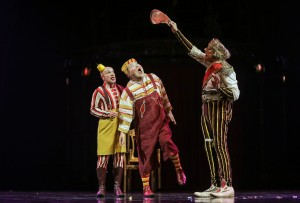 The King and Court Clowns, Photo: Carlos MuAaller, Costumes, Marie-Chantale Vaillancourt © 2016 Cirque du Soleil