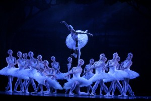 Swan Lake, Royal New Zealand Ballet, designs by Kristian Fredrikson, photo © Maarten Holl