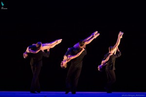 Glass Concerto, choreographed by Greg Horsman, photo © Gregory Batardon