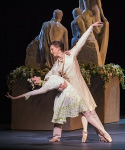 Beatriz Stix-Brunell and Vadim Muntagirov, The Winter's Tale, Royal Ballet, photo © Johan Persson