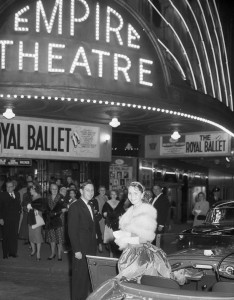 The Waratah Spring Festival Princess arrives for the Royal Ballet at the Empire Theatre, Sydney, 1 September 1958, photo © Ken Redshaw, Australian Photographic Agency