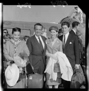 Robert Helpmann, Margot Fonteyn, with Michael Somes, arrival at Wellington, 23 March 1959, Evening Post newspaper, photographer unknown, Alexander Turnbull Library, Wellington